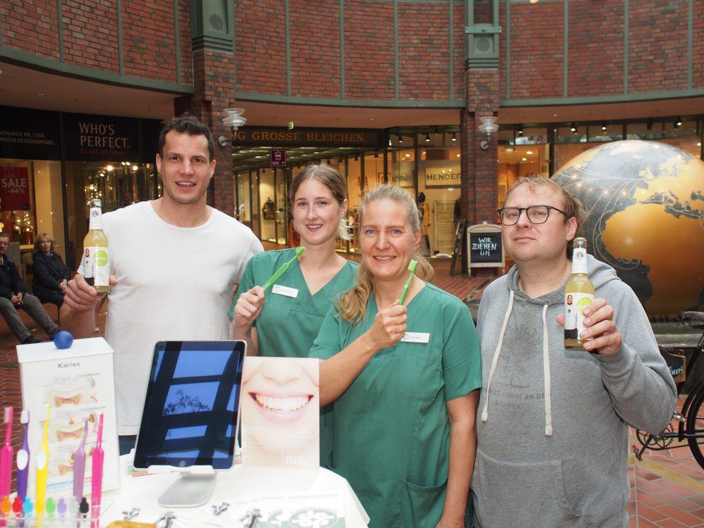Gesundheitsexperten zum Tag der Zahngesundheit im Hanseviertel